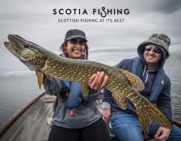 ladies-fishing-for-pike-scotland-033