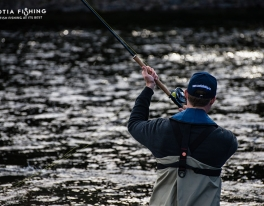 spey-cast-for-salmon-in-scotland