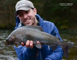 specimen-grayling-fishing-scotland