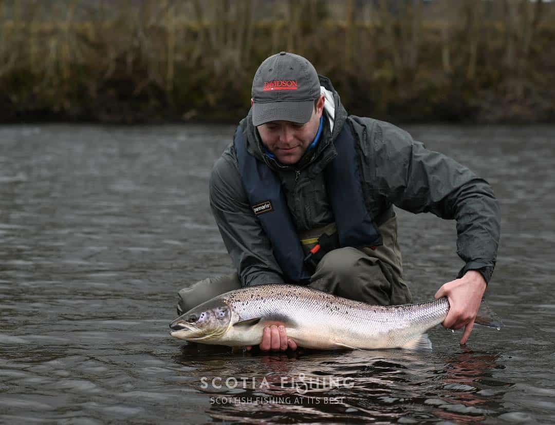 spring-summer-salmon-fishing-scotland-001