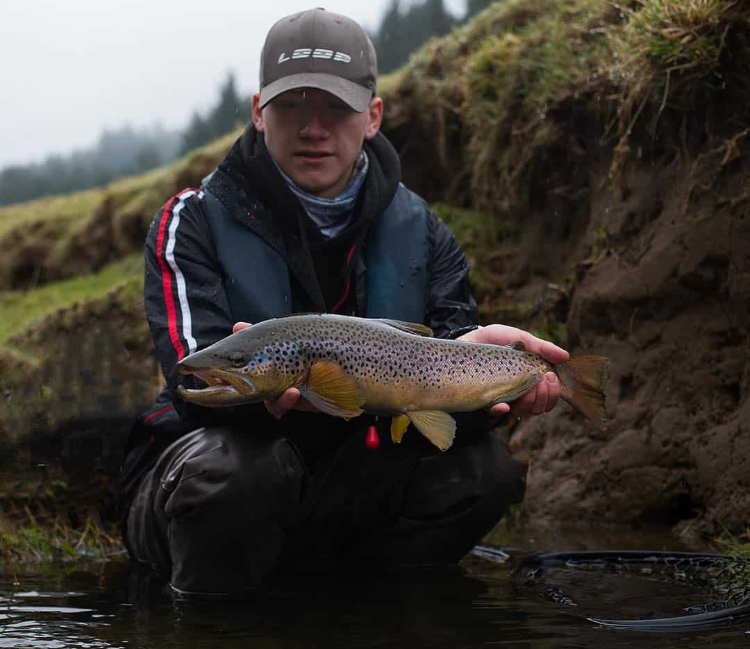 spring-summer-trout-fishing-scotland-004