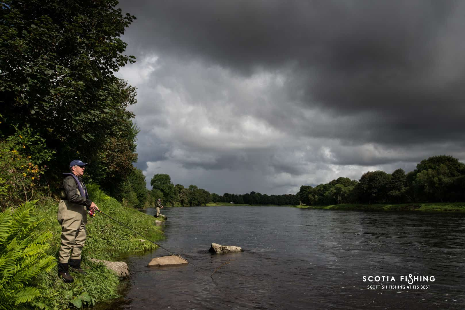 Fishing for salmon river tay for Fishing in scotland