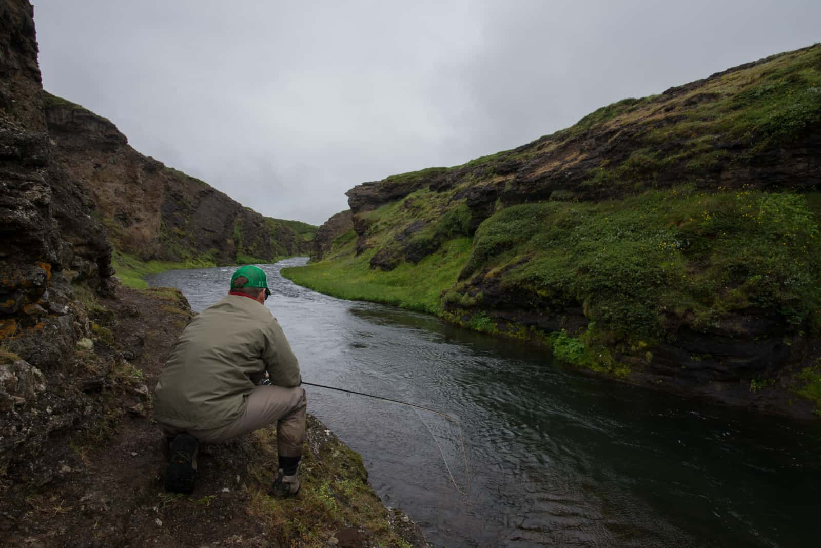 swinging-flies-for-salmon-in-iceland