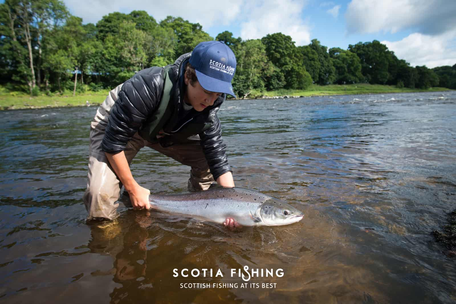 river-tay-summer-salmon-scotland