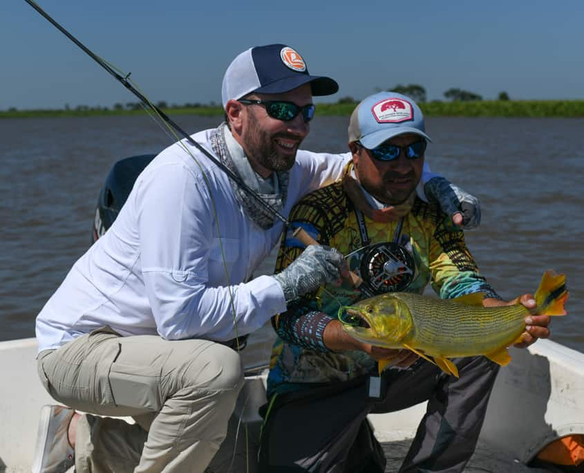 fly-fishing-for-golden-dorado