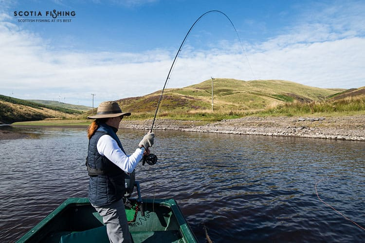 Fly fishing for beginners in scotland uk for Beginning fly fishing