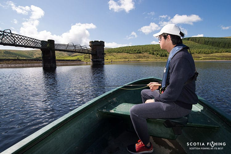 Fly fishing for beginners in scotland uk for Fly fishing basics