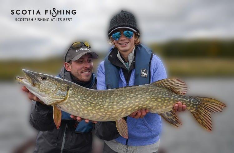kids-pike-fishing-trips-scotland