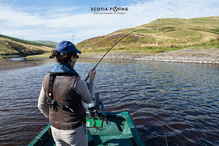Fly fishing for beginners in scotland uk for Fly fishing vacation packages